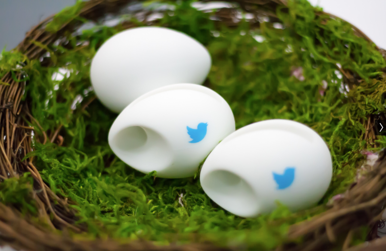 Now you can embed Twitter video on your website http://t.co/qSNxtH21Wu http://t.co/BOpbylNzi9
