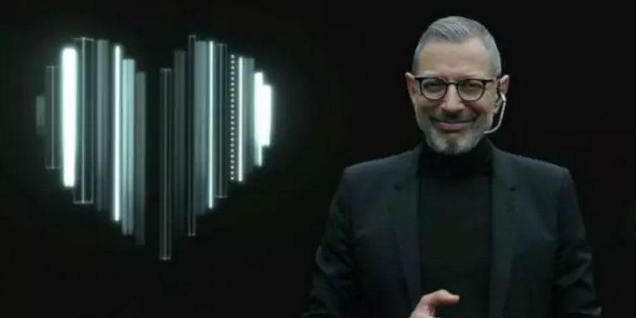 Witness Jeff Goldblum as a turtleneck-wearing Silicon Valley guru in this ad http://t.co/w5wQFlT171 http://t.co/xDEZRYR8wh