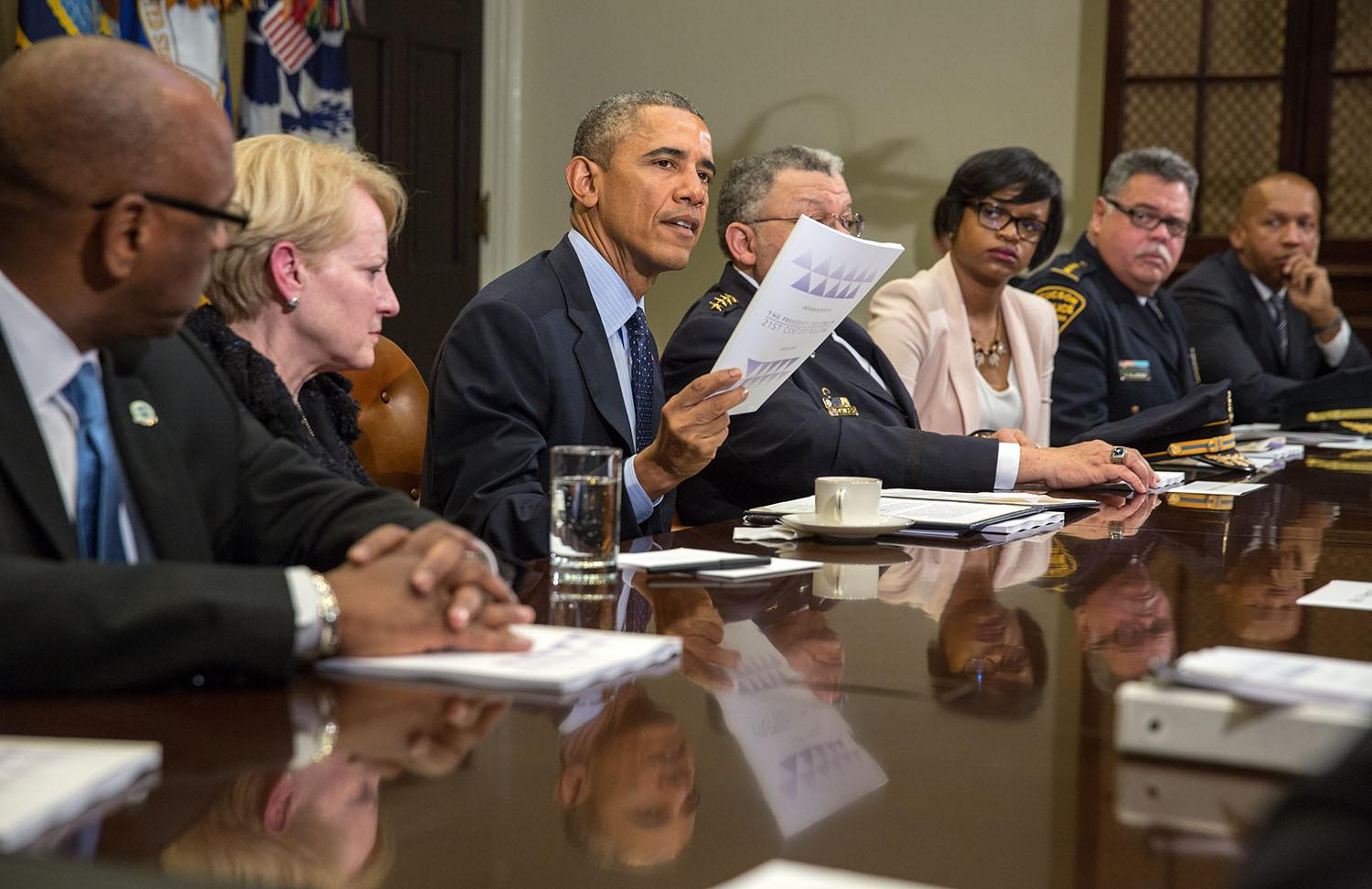 RT @WhiteHouse: Find out about new recommendations to help build trust between communities & law enforcement: http://t.co/MaXmI1SZqB http:/…