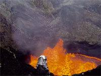 Drones Sacrificed for Spectacular Volcano Video http://t.co/6FwFIpVMzJ http://t.co/f8eAx1psey
