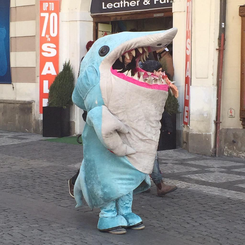 ATTENTION INTERNET NO LONGER DO YOU HAVE TO DIY LEFT SHARK COSTUME LIKE THIS GUY & Attention internet: no longer do you have to diy left shark costume ...