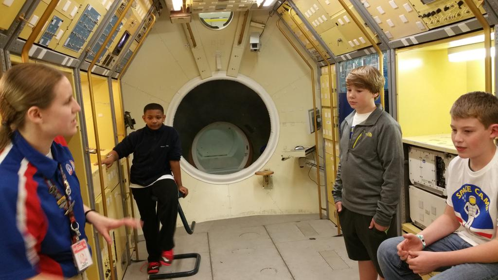 Prep 2help for our mission @SpaceCampUSA!!! #mvmiddle #mvinterim http://t.co/wCUWTENfCh