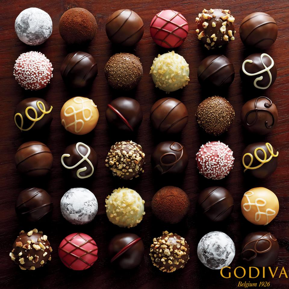 Your reward for Spring cleaning should be as sweet as this. @Godiva #CityCentreBahrain http://t.co/dLx7BoLDyw
