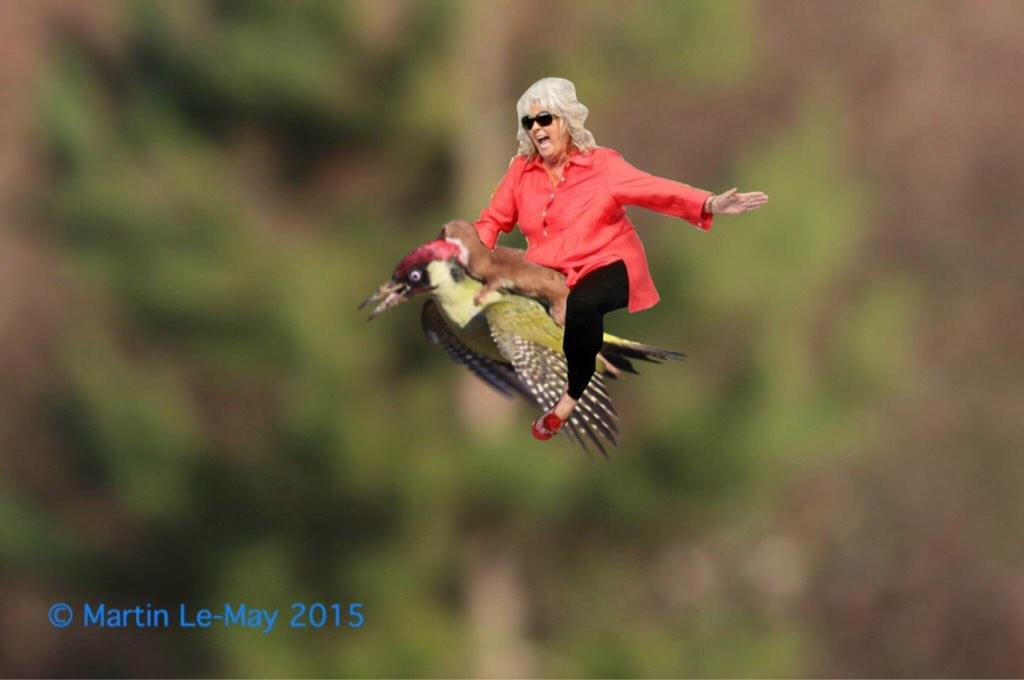 paula deen joins the #WeaselPecker http://t.co/AMCMROq7mh