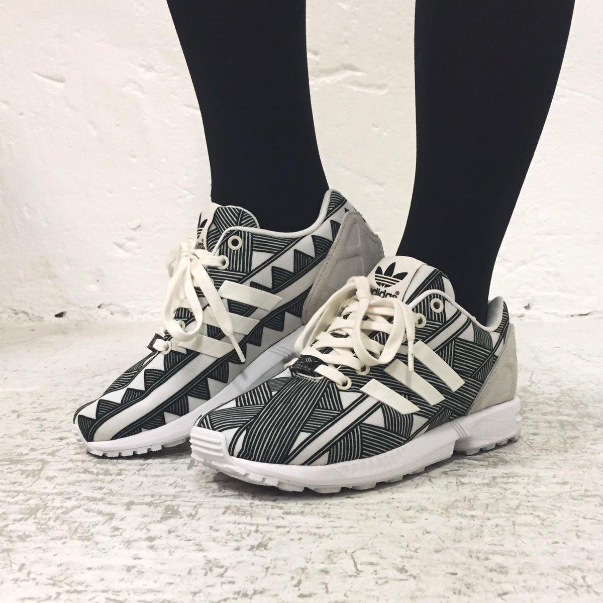finest selection f9b12 7e095 Sneakersnstuff on Twitter