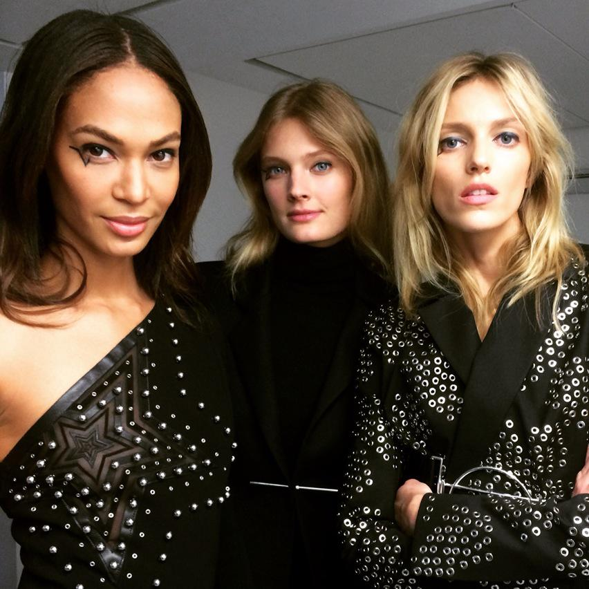 RT @KCDworldwide: Triple threat backstage @anthonyvacc... @joansmalls @constancejab & @anjarubikblog coming in hot! ⚡️⚡️⚡️ http://t.co/Al6k…