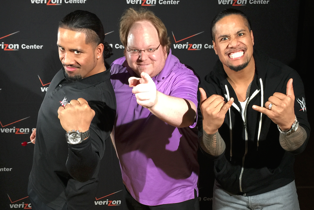 Awesome time with @WWEUsos shooting promos for @MonumentalNtwrk thanks for the awesome picture! http://t.co/893YTJl0fT