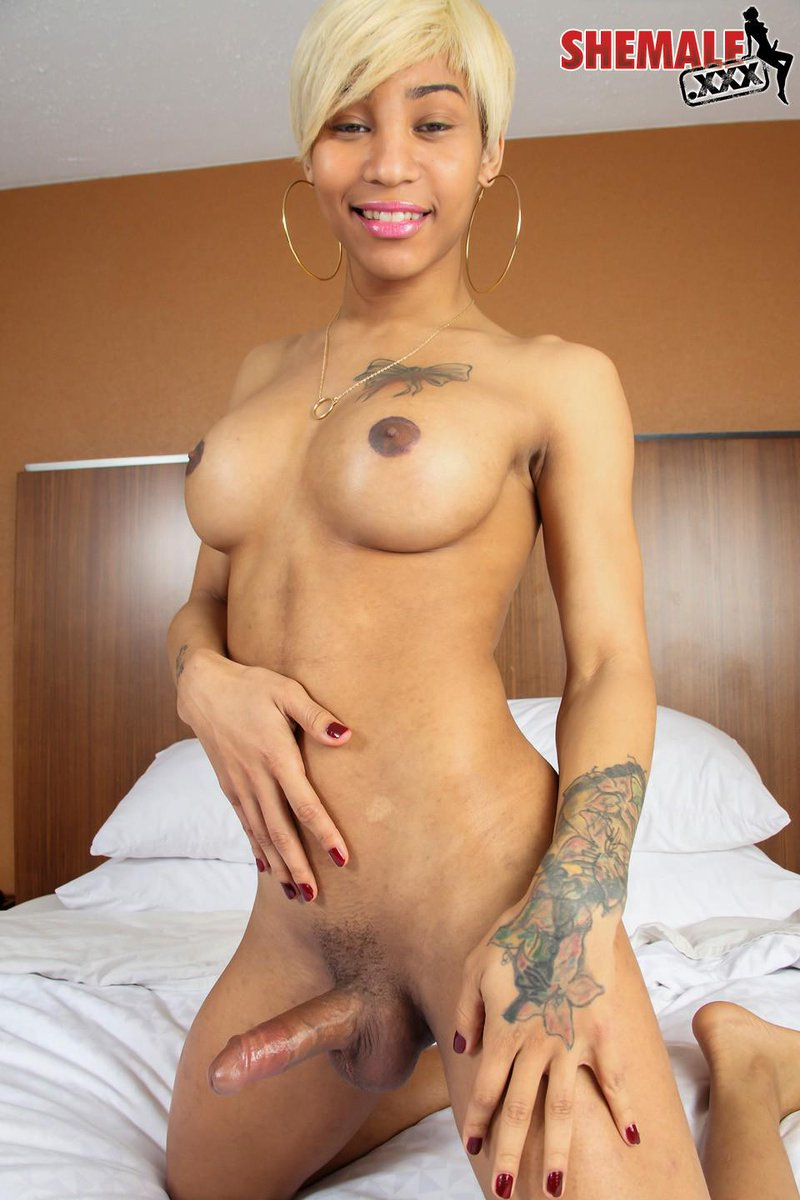 Naked transsexual women and men