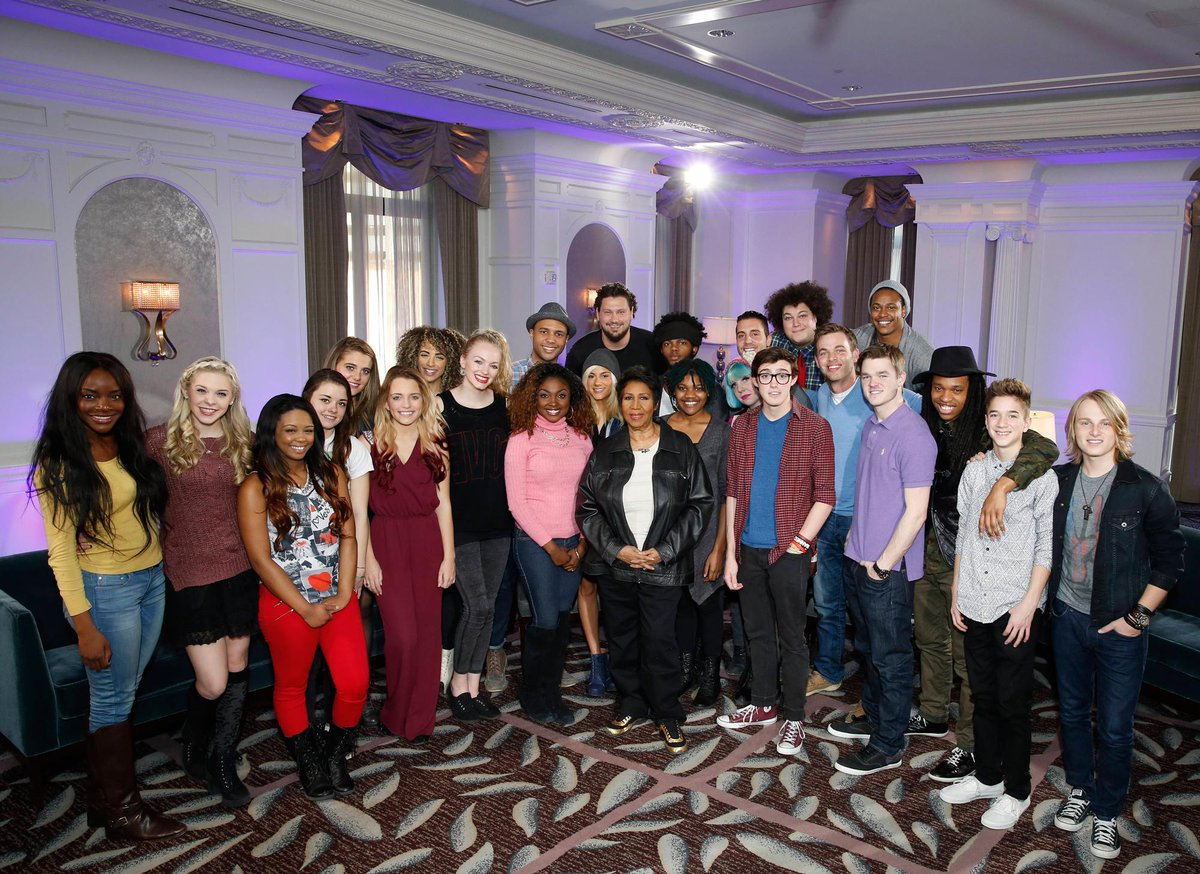No better way to end #idol rehearsals than to snag a photo with the Queen herself - @ArethaFranklin!