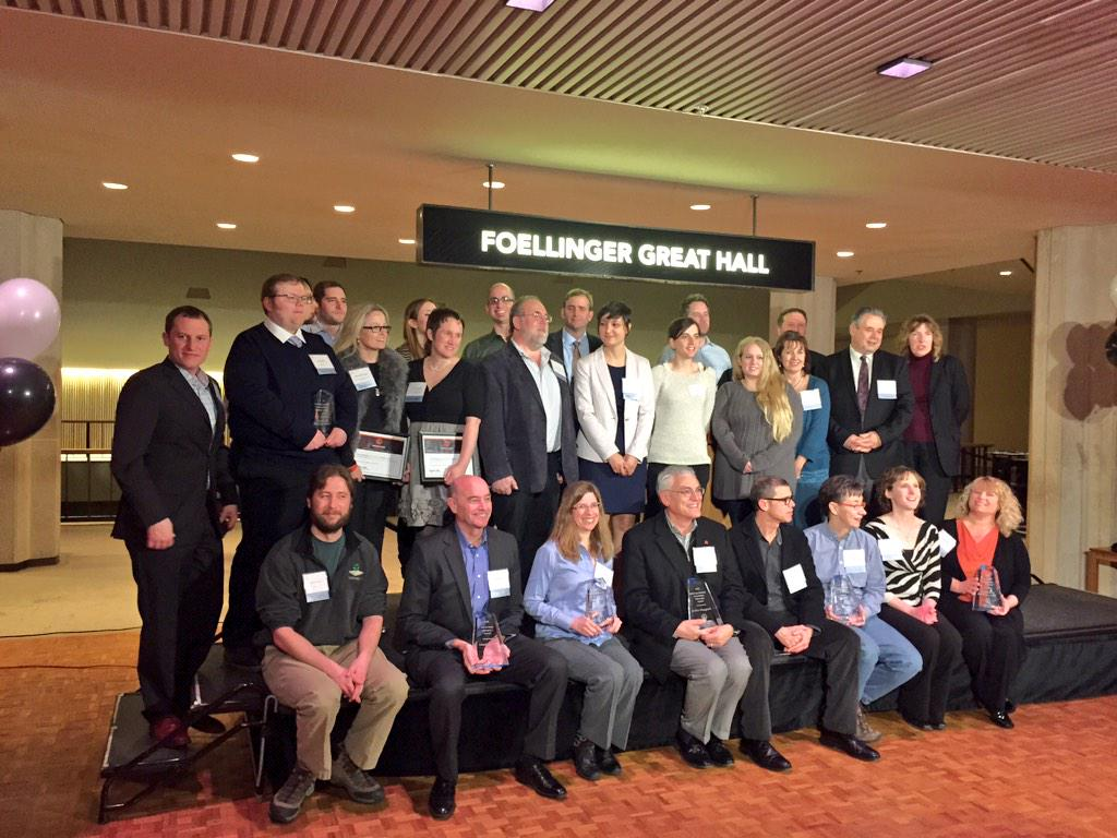 Congrats the awardees at #INNCEL Innovation Celebration in #chambana tonight, proud of the entrepreneurs and techies! http://t.co/fYTfzKJQ7S