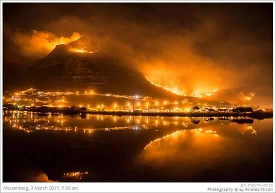 RT @mrswomandotcom: @SkyNews @EamonnHolmes #CapeTownBurns our famous wine farms at risk. http://t.co/PZqmTk9FSP