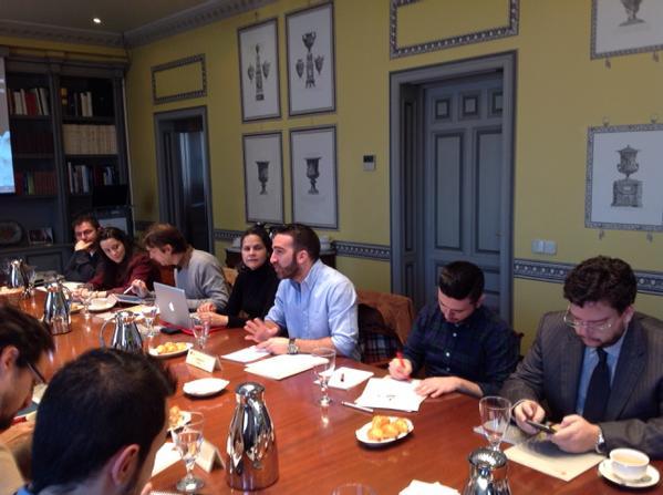Muy estimulante conversación la de hoy con @franciscopolo, director de @change_es. Gracias por venir! #elcanotalks http://t.co/r3jyhU6g4K