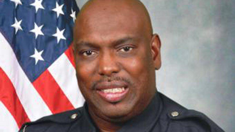 Georgia Police Officer Fatally Shot in Ambush http://t.co/YksFqE4cl3 http://t.co/Ft4SgFh8jD