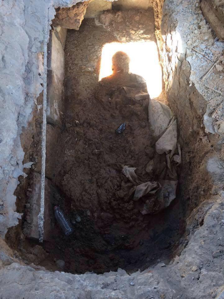 نبش قبر صدام حسين واحراقه في تكريت