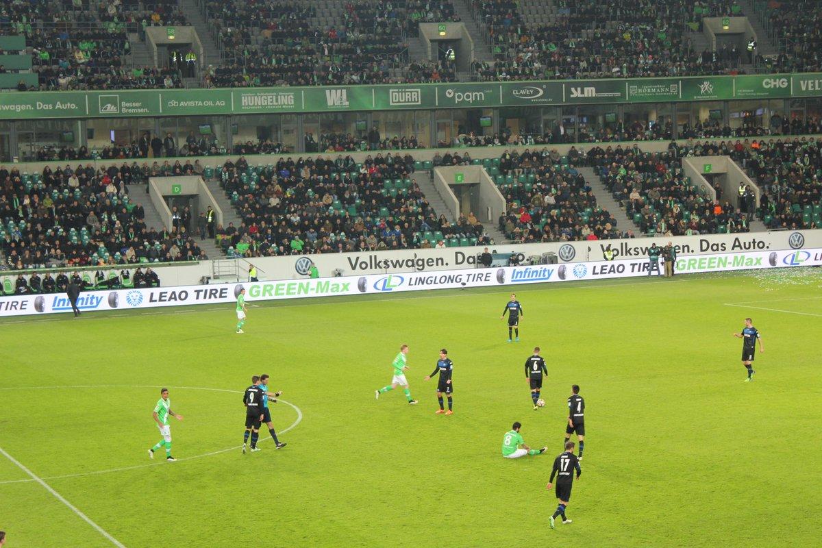Linglong Tire--Senior Sponsor of VfL Wolfsburg!! http://t.co/IuVTYTjX3T