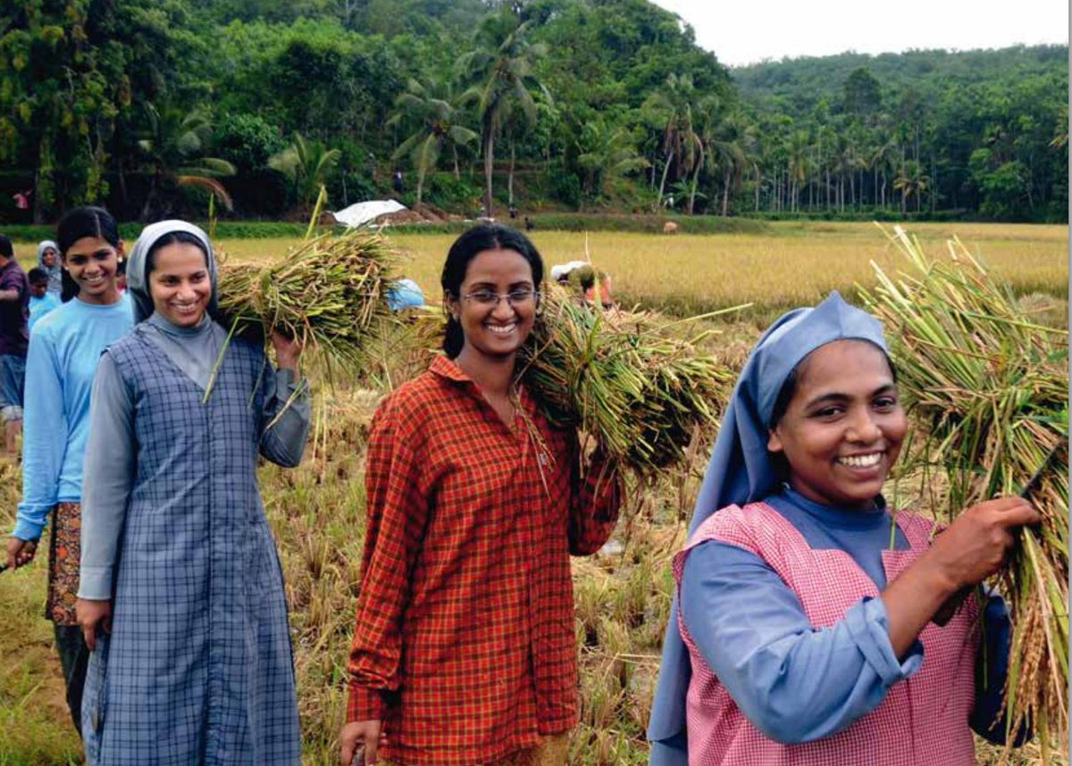 Tune in LIVE to #UNFAO @IFADnews @WFP Intl Women's Day event tomorrow at 10amCET! http://t.co/D4fmBGDsBt #IWD2015 http://t.co/Np14Ta7dyU