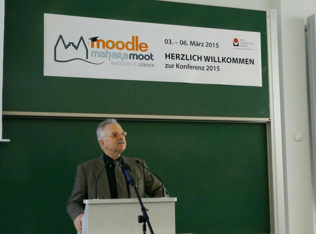 Prof. Granow eröffnet die #mootDE15 in #Lübeck http://t.co/IB6dTqvYEh