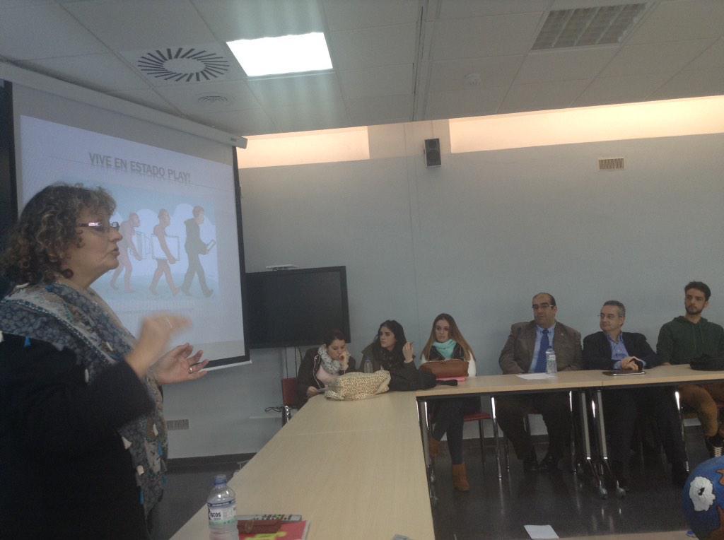 #VJunex Graciela Esnaola ahora hablando @graesnaola http://t.co/jTnwRuCrJy