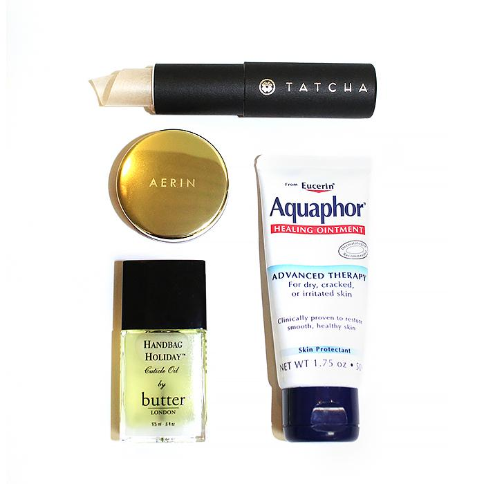 7 products beauty editors always have on hand: http://t.co/DTmifCuefp cc: @ByrdieBeauty http://t.co/THPkq4KLpJ