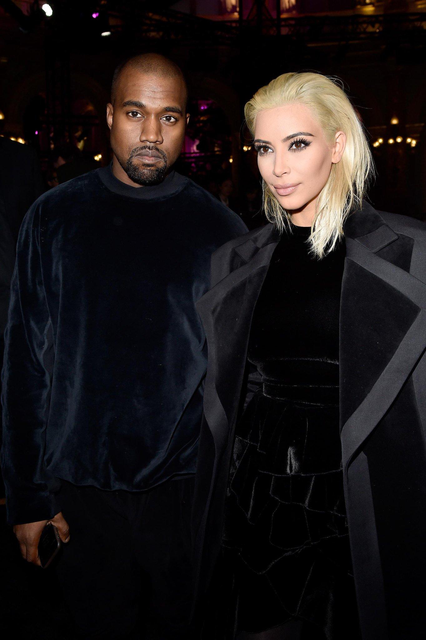 .@KimKardashian's new platinum hair steals the spotlight at @Balmain: http://t.co/340Z1o39wm #pfw http://t.co/czfpxtmsvD