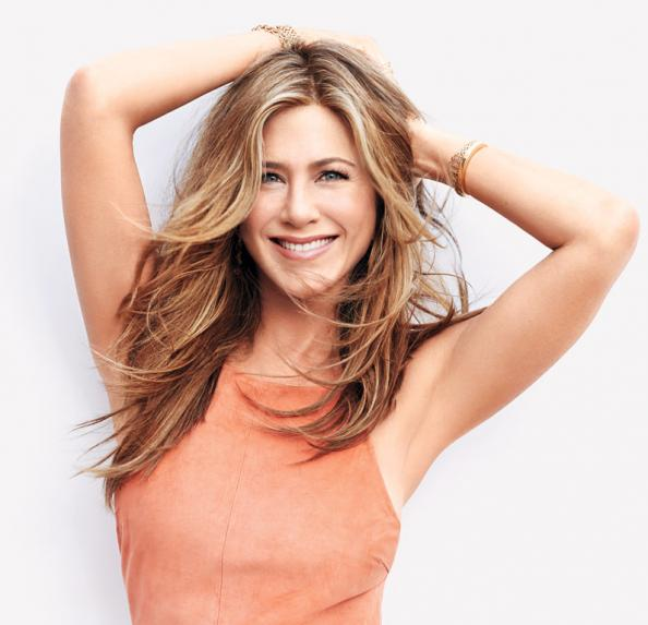 The 6 beauty products Jennifer Aniston can't live without: http://t.co/H4yobC2fYR http://t.co/t0ET5pjCmD