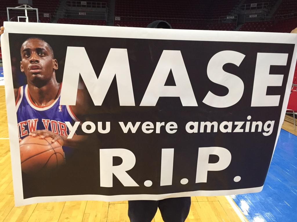 @YuNgMaseJr all the way in Istanbul Turkey, they have shown your pops love. He played here in 88.. That's Love. http://t.co/WNw7c6CsNQ