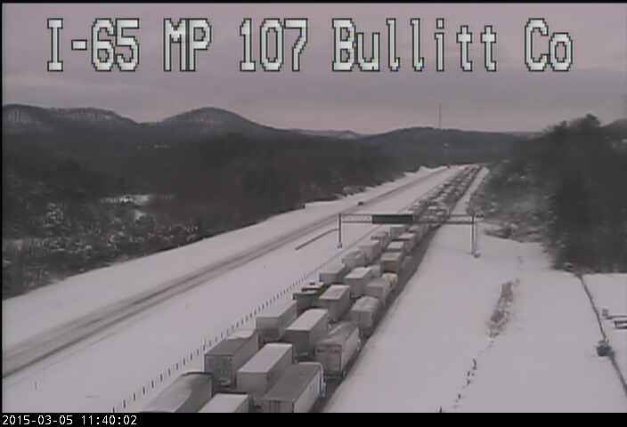 WOW: Hundreds of drivers have been STRANDED on I-65 in #KENTUCKY for 12+ hours! NIGHTMARE! http://t.co/lWWviIO9mk http://t.co/zGzkhkFSUd
