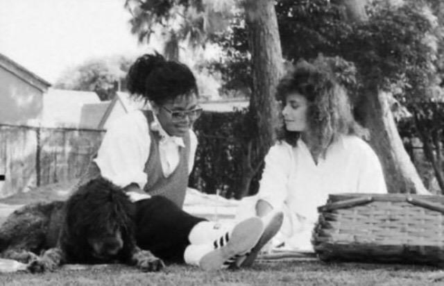 Wow! Another fun one for #ThrowbackThursday :) xoP RT @AbdulVogue: @PaulaAbdul x @JanetJackson ❤️ #TBT http://t.co/KrdmnTMgXN