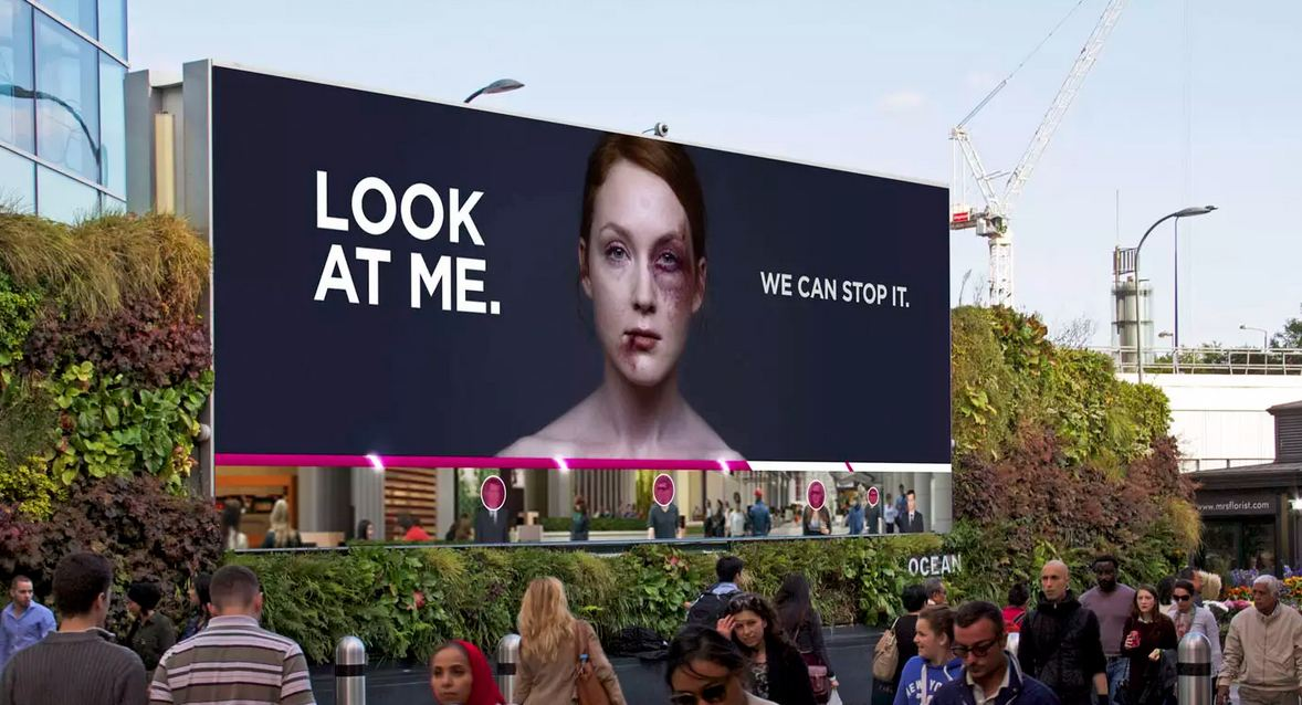 This woman's bruises will heal if you pay attention to her billboard http://t.co/Sr7VgimpkC Creativity Pick @WCRS_LDN http://t.co/yEZtebGvdF