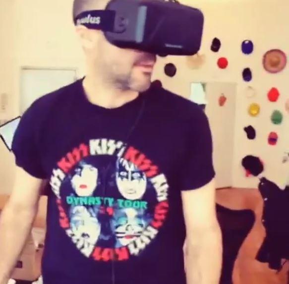 Group Development Director @bobeshkeeper: lost in a virtual world. #oculusrift #virtualreality http://t.co/evN2su2pJR http://t.co/NbVgPlE2Ud