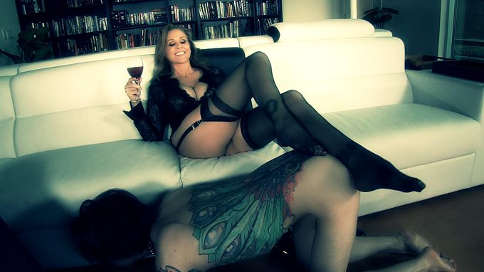 .... hmmmm NOTHING like nice glass of wine with a #boytoy http://t.co/udIwKyGaQ5 #femdom #milf http://t