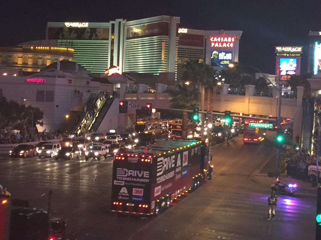 . @JeffGordonWeb's hauler makes its way down the Las Vegas Strip! #LVMS http://t.co/7KWrqpnk8i