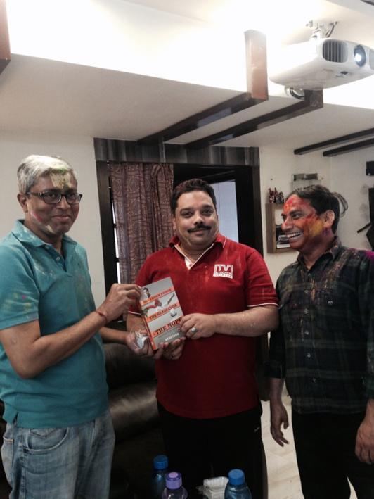 Gifting my Book to friends for 20 years. Supriya Prasad, Amitabh and Ashutosh, original Trimurti of original AAJTAK.