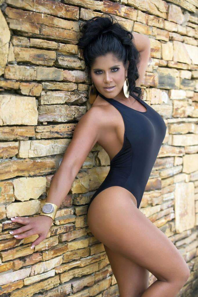 Maripily Rivera on Twitter: Maripily Swim Wear para las
