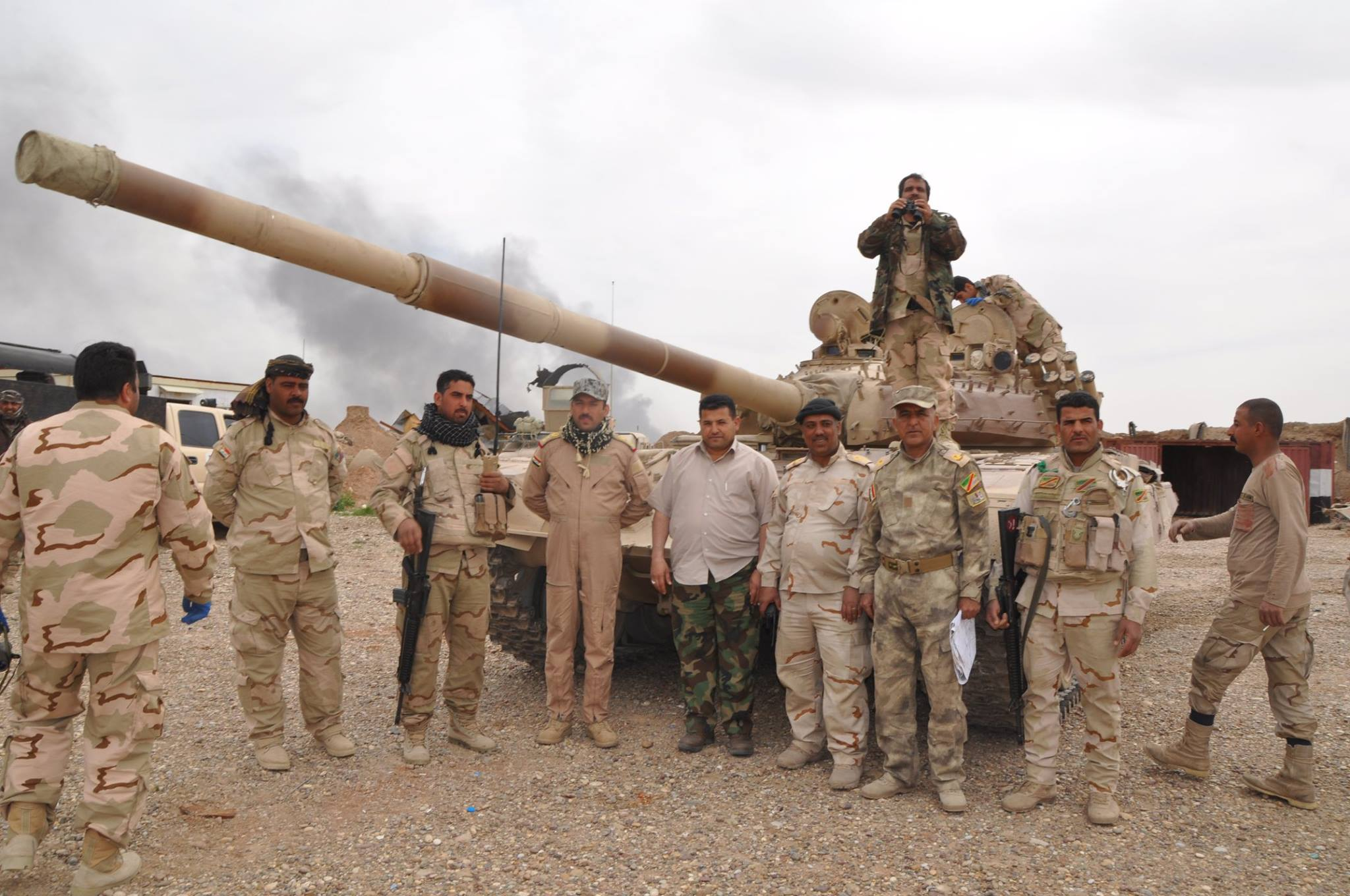 Conflcito interno en Irak - Página 2 B__0-rkWYAA6gx5
