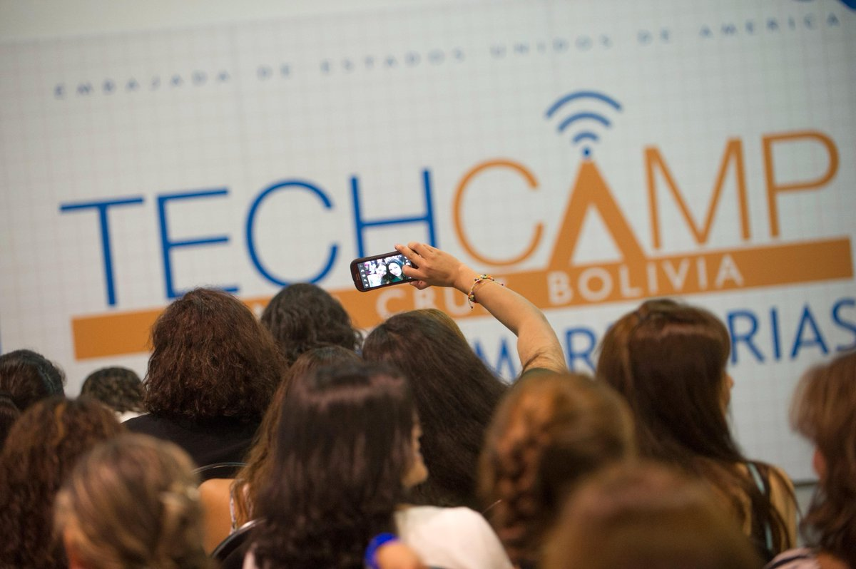 "Thumbnail for ""TechCamp: Mujeres Empresarias"" - Santa Cruz, Bolivia"
