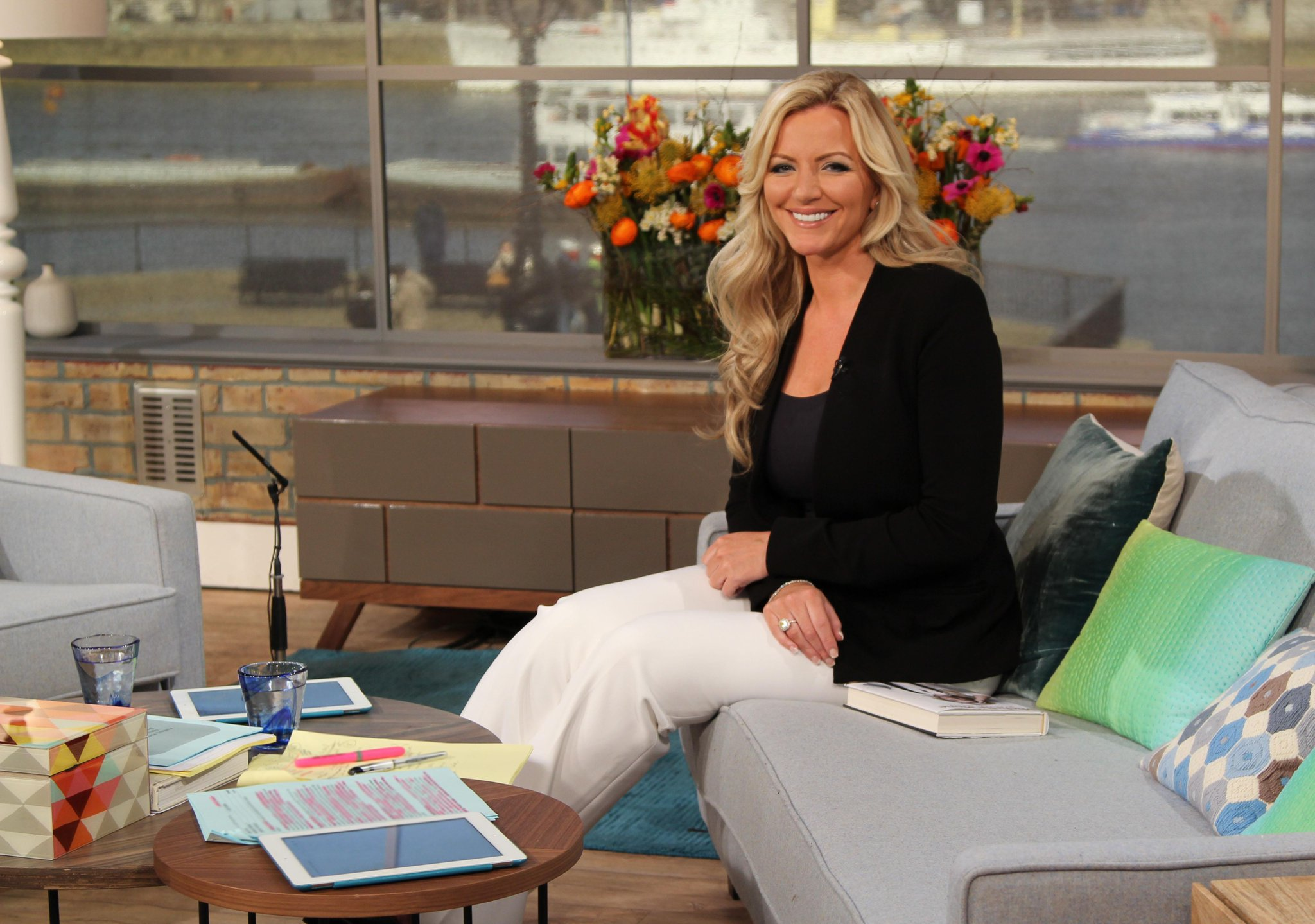 RT @itvthismorning: Bra tycoon @MichelleMone believes you can have it all! http://t.co/pkN6Pw5EPb #MichelleMone #MyFightToTheTop http://t.c…