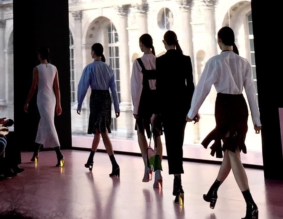 Lucite heel finale @Dior @styledotcom http://t.co/7gRew3ouQy