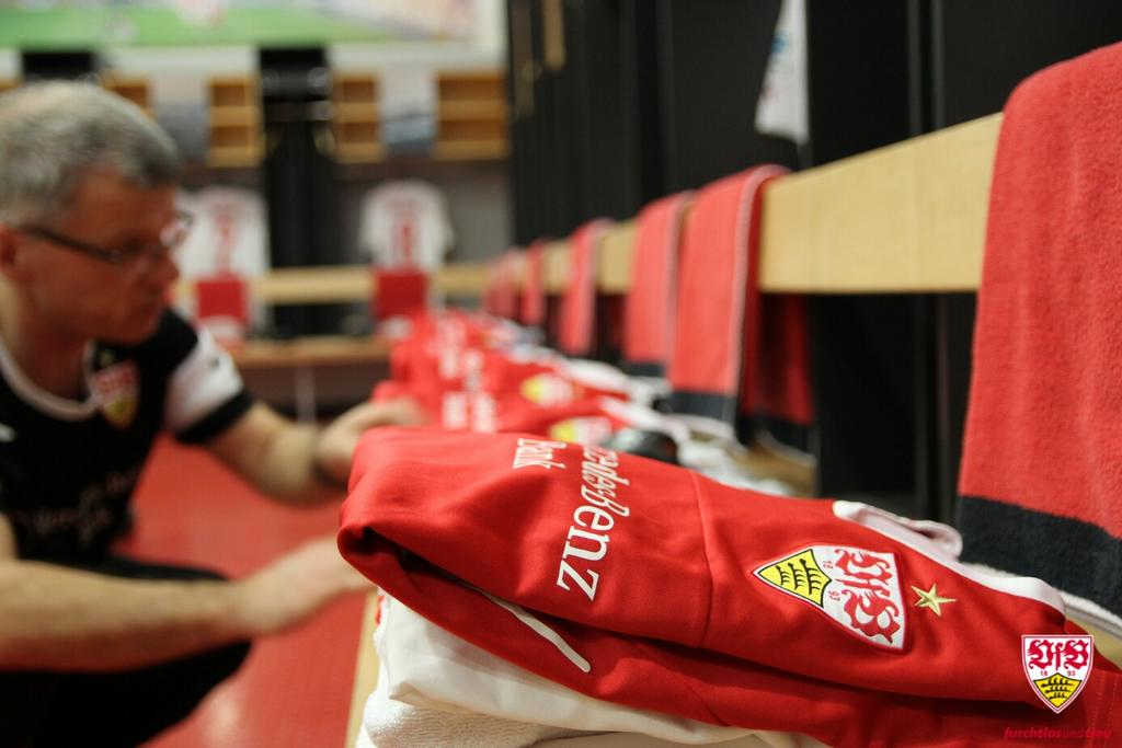#Bundesliga Matchday 24 is coming up....  RT @VfB:  #VfBBSC <br>http://pic.twitter.com/8CzhQ5AckQ