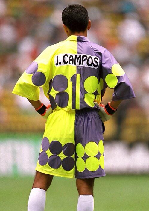 #ViernesTematicoLacasaca #ShortPeculiar #RareShorts  @LaCasacaBlog A J. Campos podríamos dedicarle todo un viernes http://t.co/RTmGdTOFRM