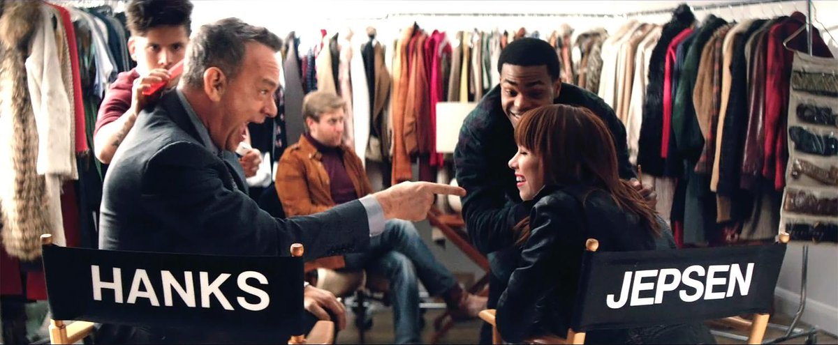 Watch the premiere of @carlyraejepsen's #IReallyLikeYouVideo with @tomhanks & @justinbieber! http://t.co/RjLrHrP9Jl http://t.co/EWNUMv78wx