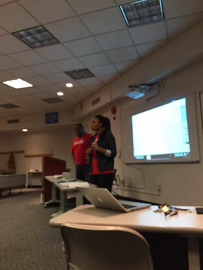 At the kickoff for the #HUHacks event at @HowardU school of business http://t.co/QhqSqfn3jo
