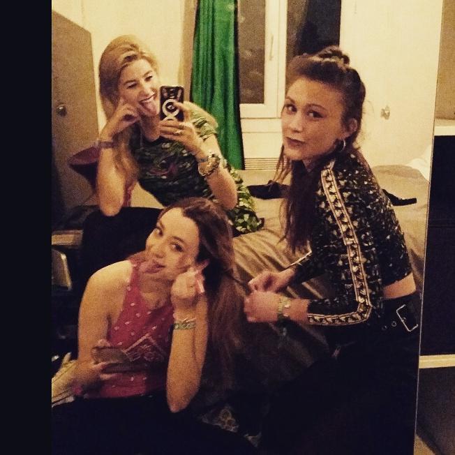 Paris with my IP girls http://t.co/1H3DSAG6CX