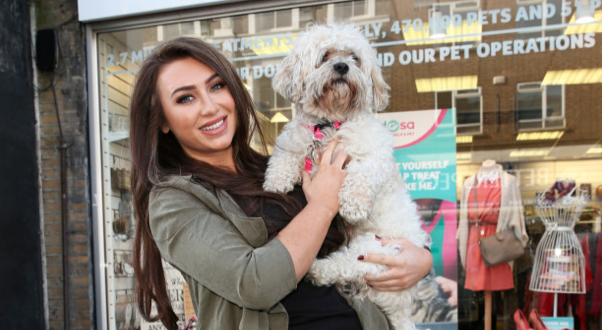 RT @heatworld: .@LaurenGoodger 'spring cleans' her wardrobe for @PDSA_HQ (alongside the very handsome Teddy) http://t.co/bH3WEMjmGf http://…