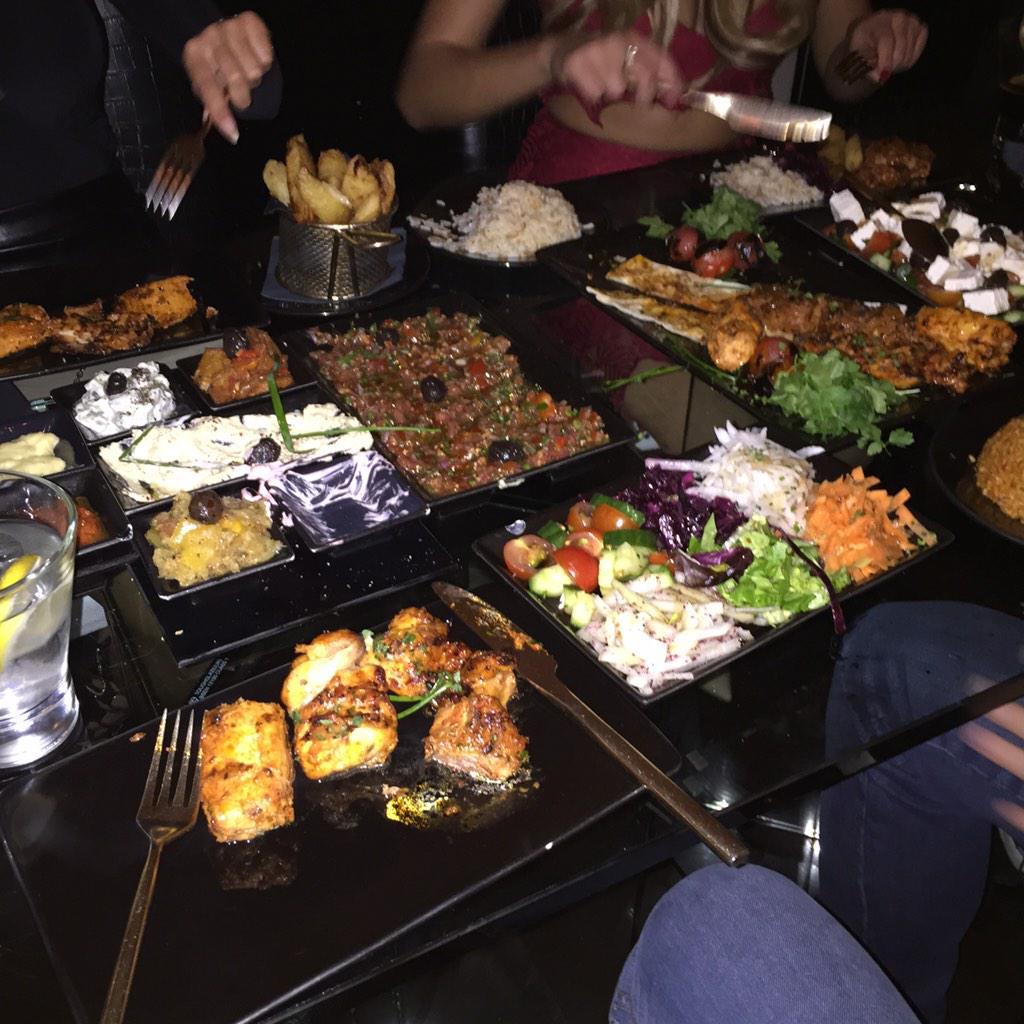 Beaut dinner @SheeshChigwell spot on as per 👌🔥❤️ http://t.co/70xtkarcfV