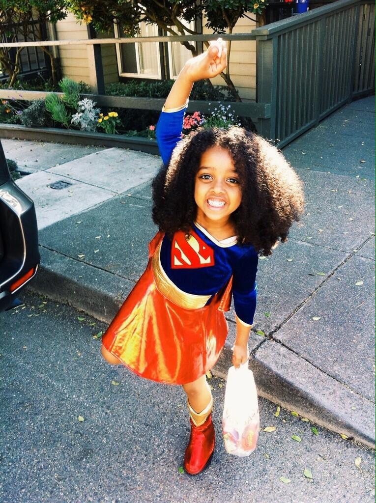 my cousin is actually the cutest #BlackOutDay http://t.co/fngBxAjV39