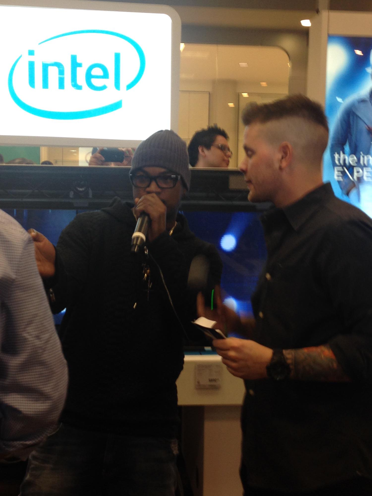 RT @BestBuy: @NeYoCompound is at the @BestBuy in the Mall of America remixing new songs at the @Intel In Store Experience. http://t.co/jFpJ…