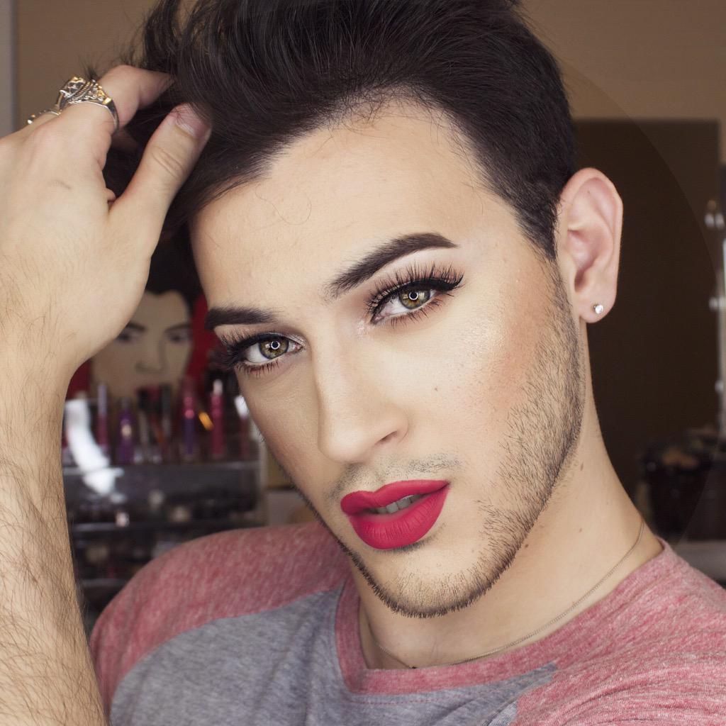 мужик с накрашенными губами - 3