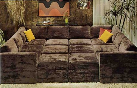 I Need Budini To This For Me Valentino Catfoodbreath Giant Crushed Velvet Couch Meow The70sin5words Pic Twitter N7ytdgur0a