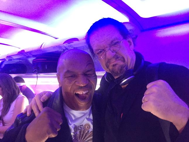 We felt safer on our flight with @MikeTyson on board. As sweet as always. xoxox @pennjillette http://t.co/AmY2xFtGdp
